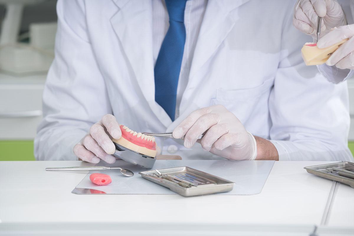 Protesica - Riabilitazione Masticatoria